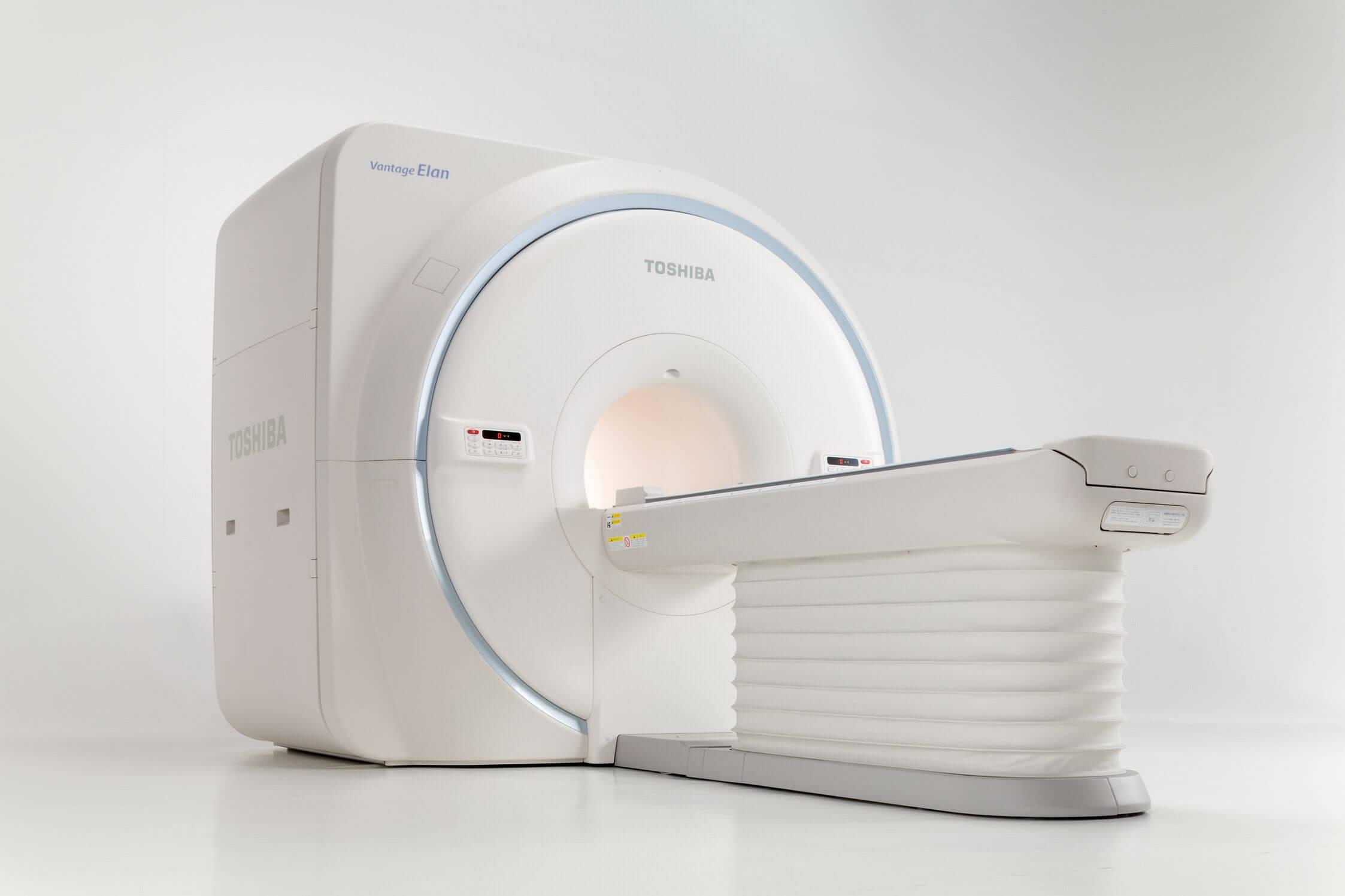東芝製MRI「elan」